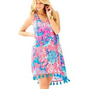 Plus size Lilly Pulitzer swing dress.